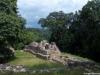 acropolis-yaxchilan1