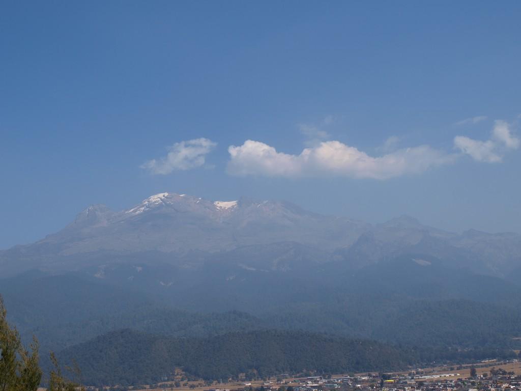 El Iztaccíhuatl desde el Santuario del Señor del Sacromonte -3