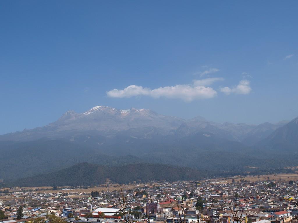 El Iztaccíhuatl desde el Santuario del Señor del Sacromonte -4
